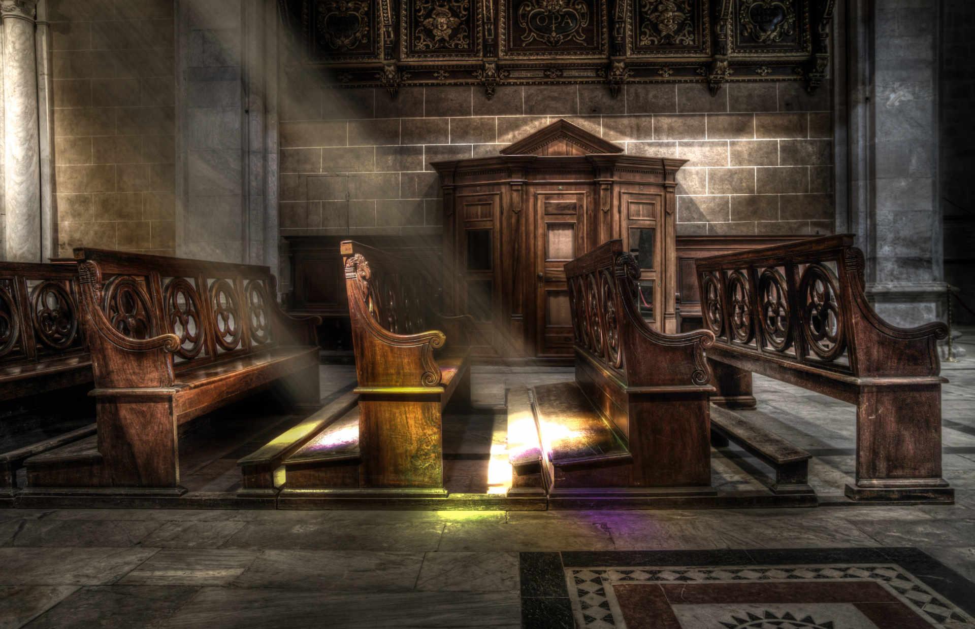 Mega-Church Pastor: The Ten Commandments No Longer Applicable, Un-hitch From the Old Testament